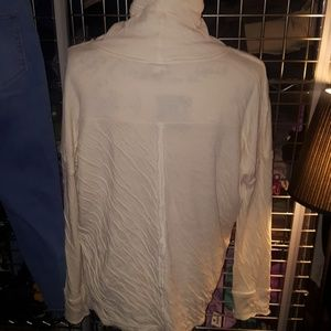 Free People mock turtleneck cream size m EUC